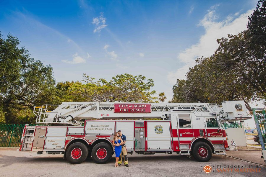 Miami Firefighter Engagement Session - Photography by Santy Martinez-11