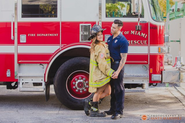 Miami Firefighter Engagement Session - Photography by Santy Martinez-14