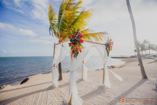 Postcard Inn Islamorada Wedding - Photography by Santy Martinez-0500
