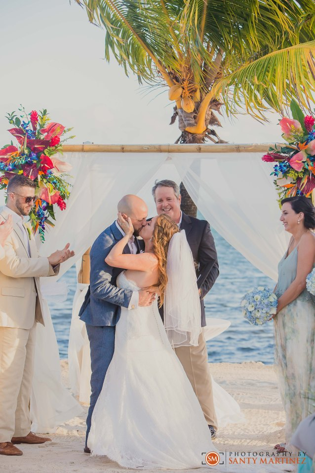 Postcard Inn Islamorada Wedding - Photography by Santy Martinez--18