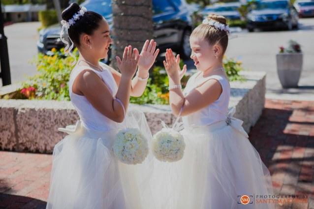 Wedding - St Hugh Catholic Church - Rusty Pelican - Key Biscayne - Photography by Santy Martinez-17