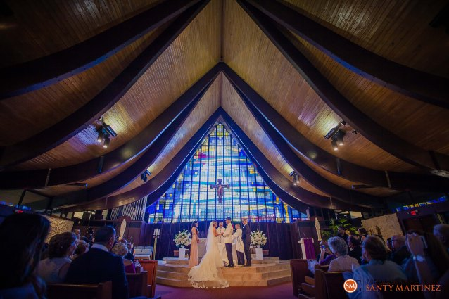 Wedding - St Hugh Catholic Church - Rusty Pelican - Key Biscayne - Photography by Santy Martinez-23