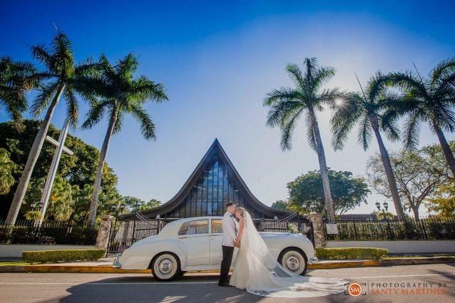 Wedding - St Hugh Catholic Church - Rusty Pelican - Key Biscayne - Photography by Santy Martinez-29